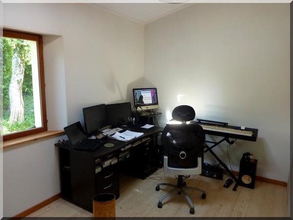 Le bureau et le piano